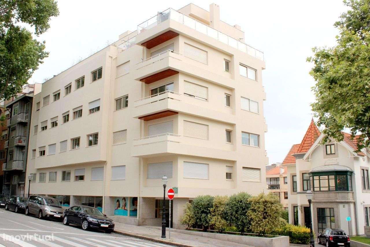 Casas para alugar arrendar apartamento em aldoar foz do for Arrendar casas