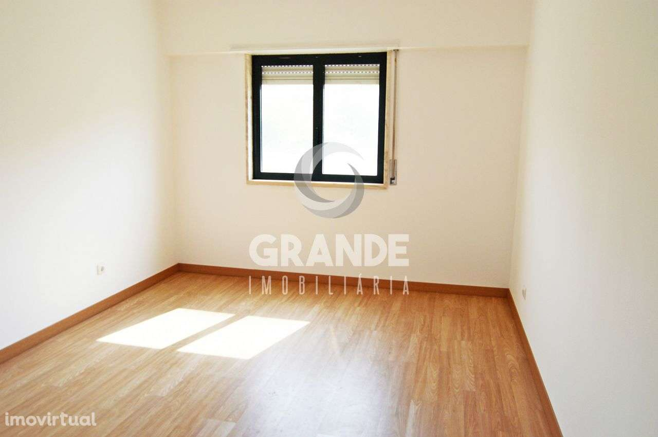 Apartamento para comprar, Santo António dos Cavaleiros e Frielas, Lisboa - Foto 13