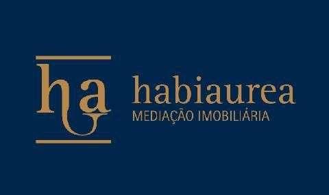 Este apartamento para comprar está a ser divulgado por uma das mais dinâmicas agência imobiliária a operar em Bonfim, Porto