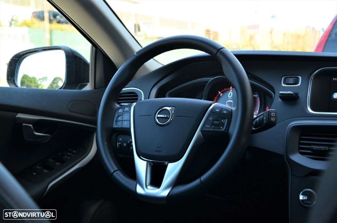 Volvo V40 Cross Country 2.0 D2 Plus - 5