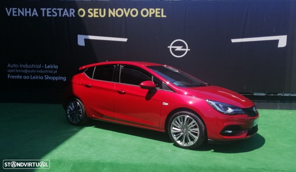 Opel Astra 1.2 T Ultimate S/S - 12