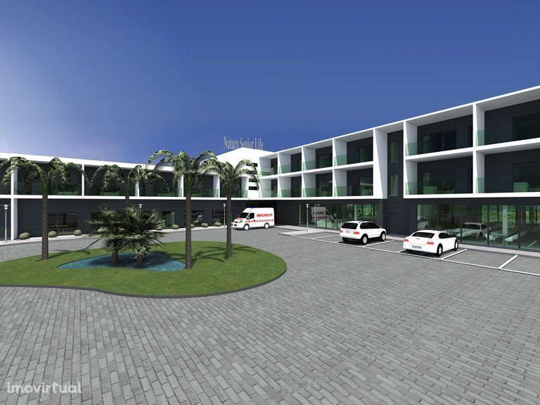 Terreno em Torres Vedras com projeto aprovado para lar e centro de dia