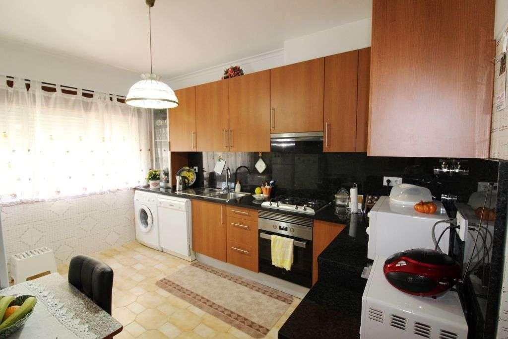 Apartamento para comprar, Rua Mouca e Comprida - Bairro Simões, Agualva e Mira-Sintra - Foto 2