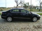 VW Passat 2.0 TDi Highline - 4