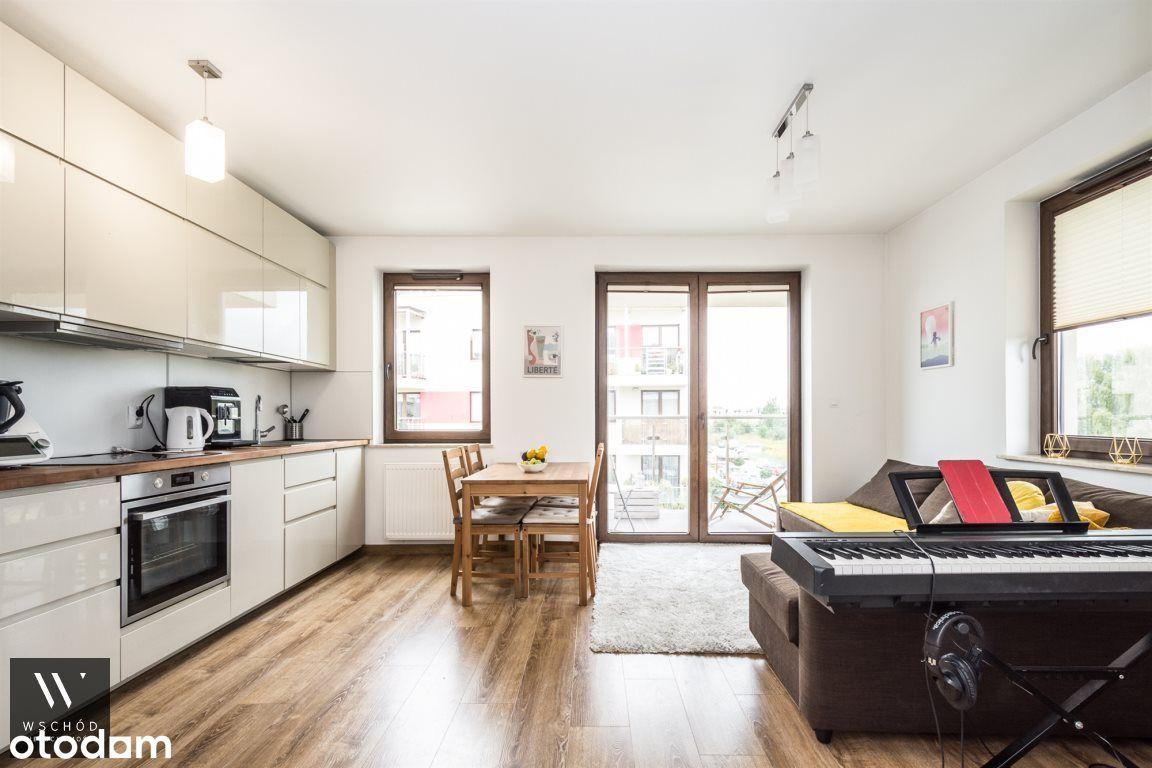 Komfortowe 2 pokoje, balkon, m. garażowe