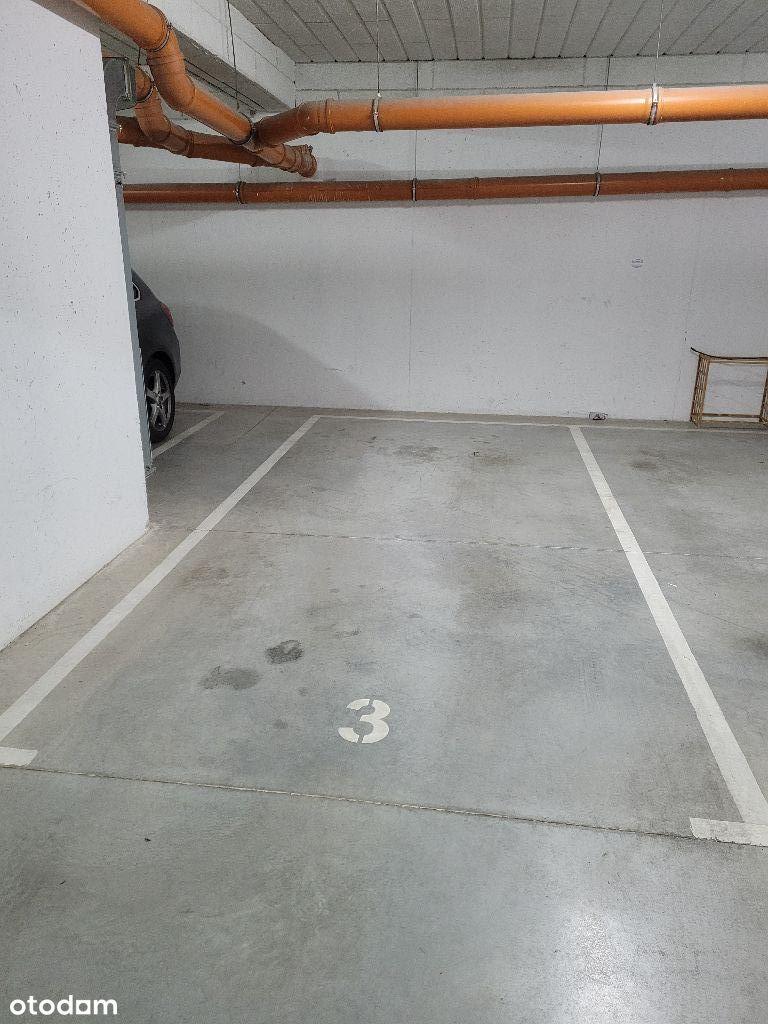 Sprzedam miejsce w garażu podziemnym ul. Gagarina