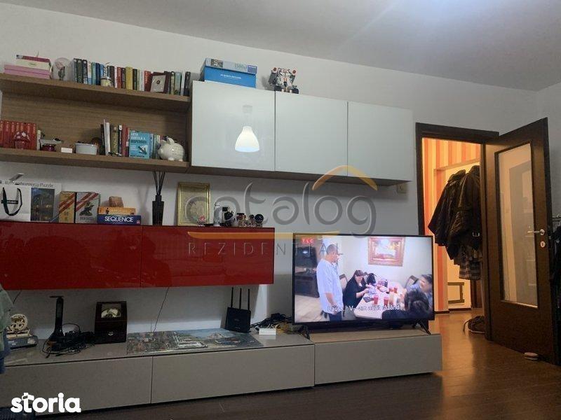 Apartament cu 3 camere de vanzare in zona Vitan Mall
