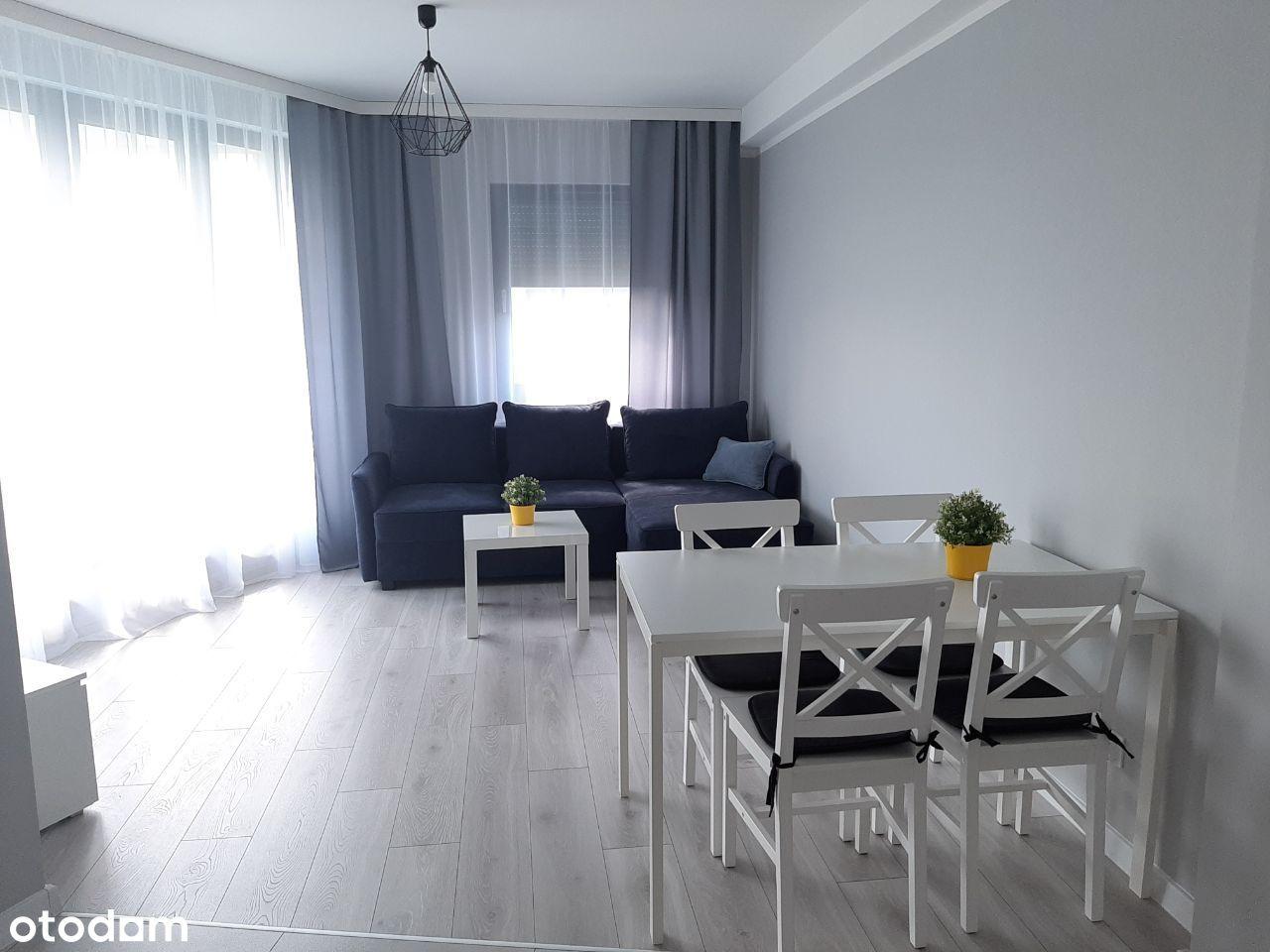 3 pokojowy apartament z balkonem i parkingiem