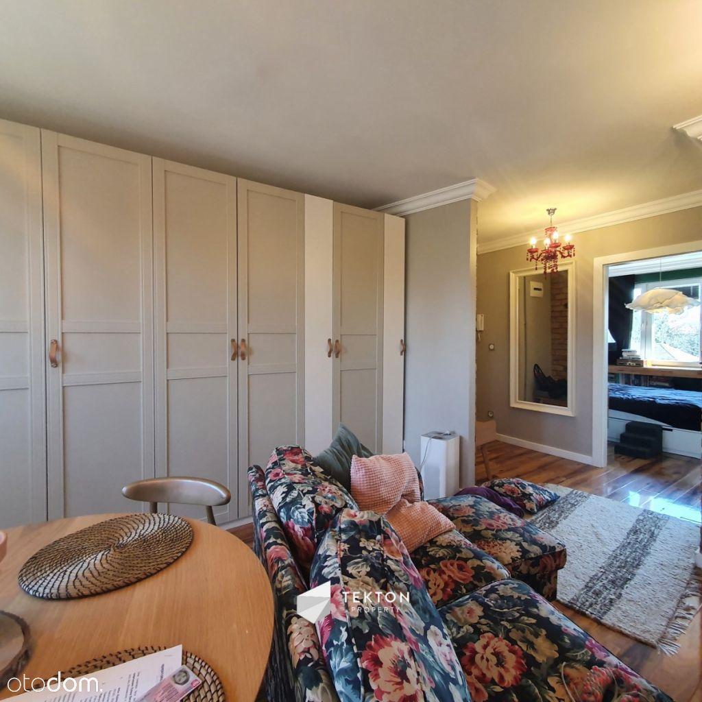 2 pokoje / styl glamour / 49 m2 / balkon /