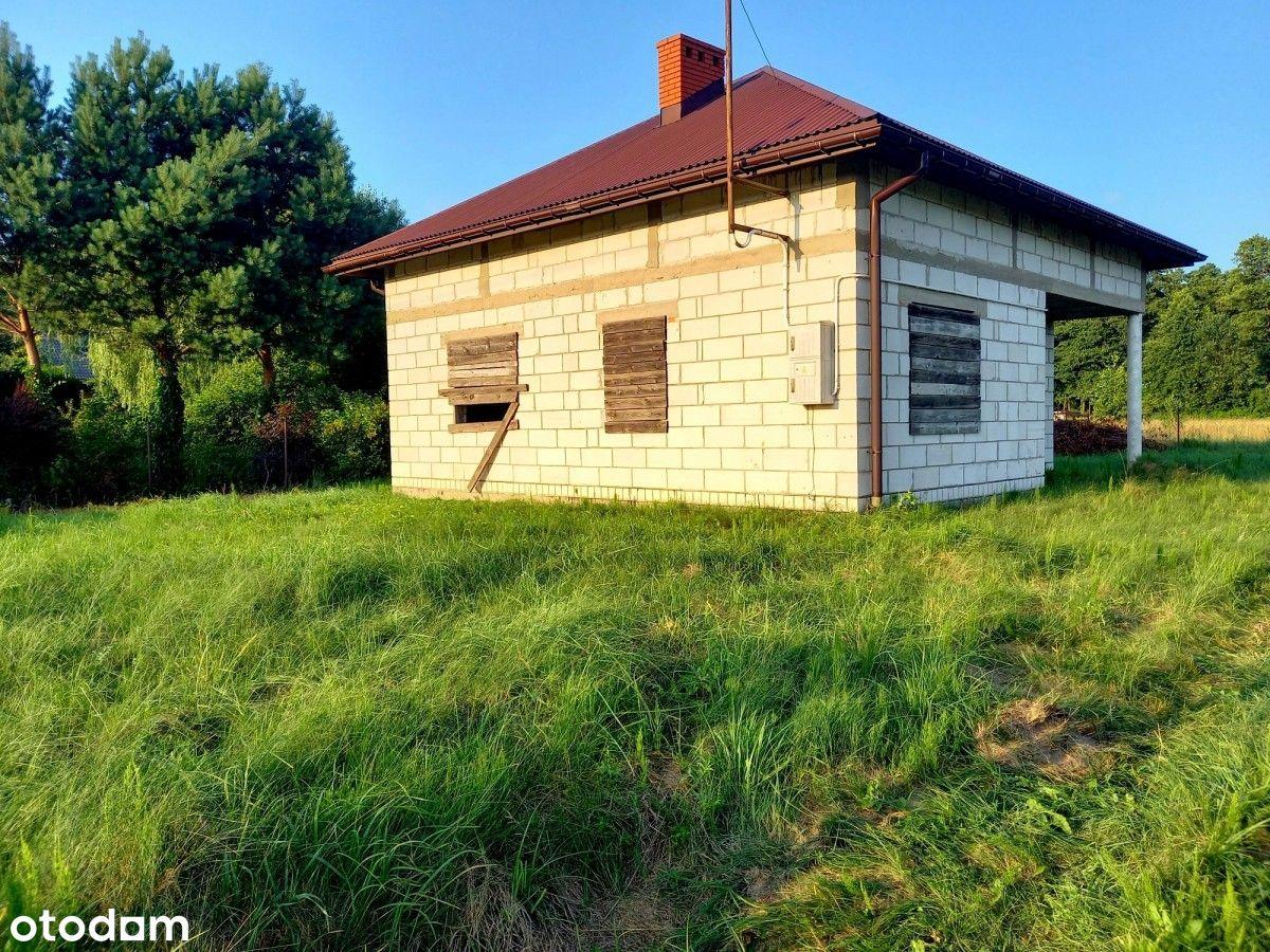 Nowy domek na wsi .