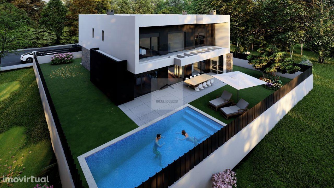 Moradia Isolada T4 com piscina c/3 Suites em Azeitão