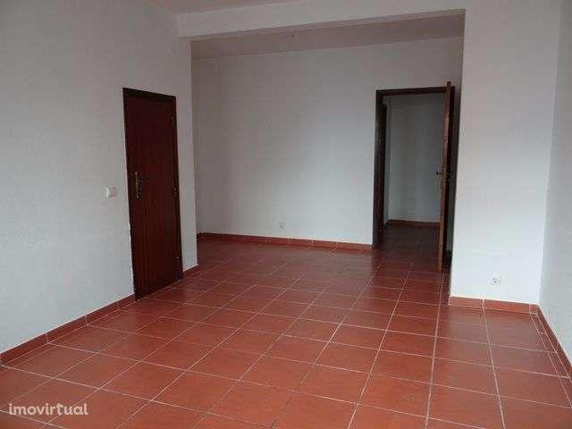 Moradia para comprar, Évora (São Mamede, Sé, São Pedro e Santo Antão), Évora - Foto 2