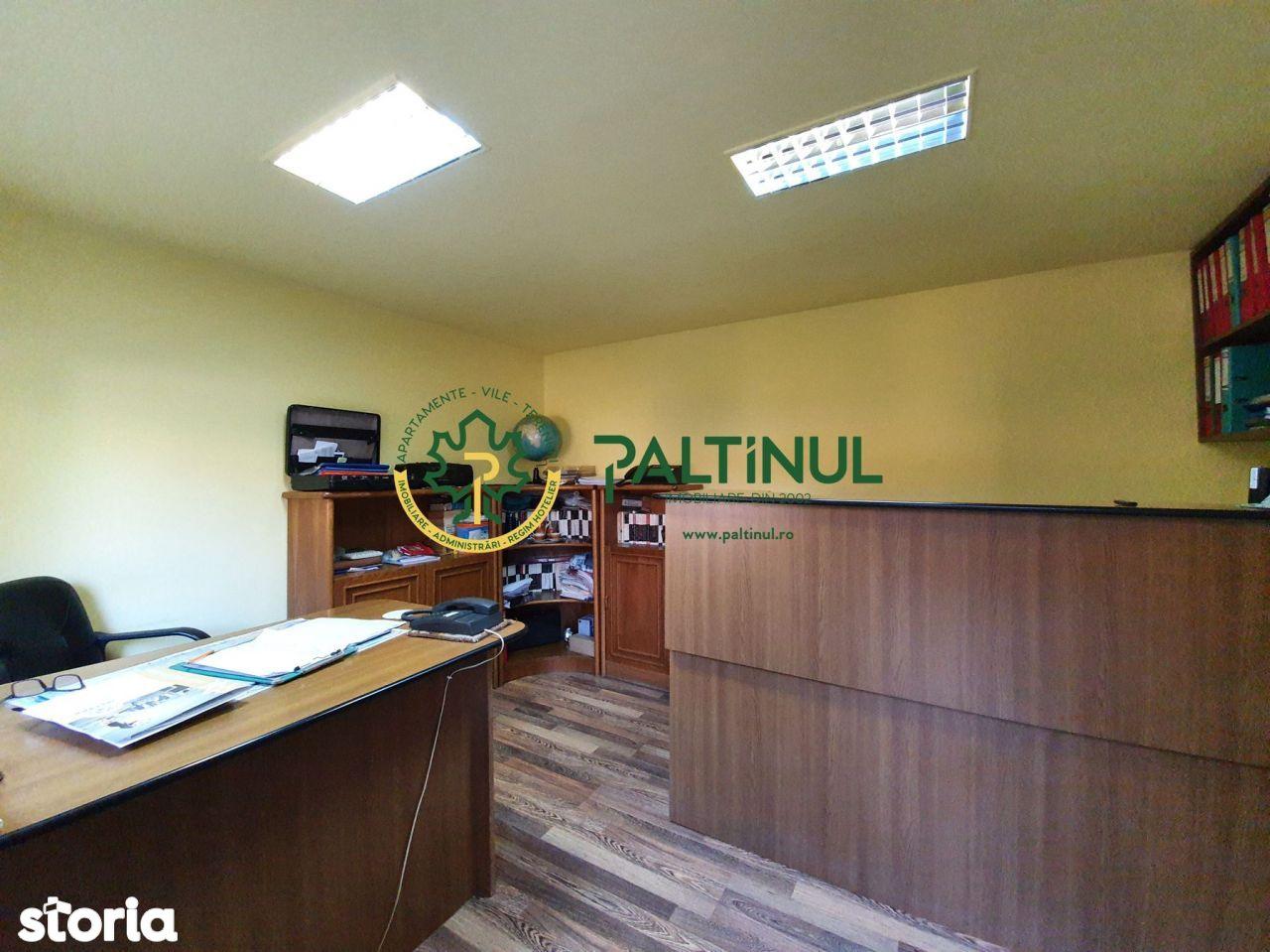 Spatiu comercial/de depozitare si birou