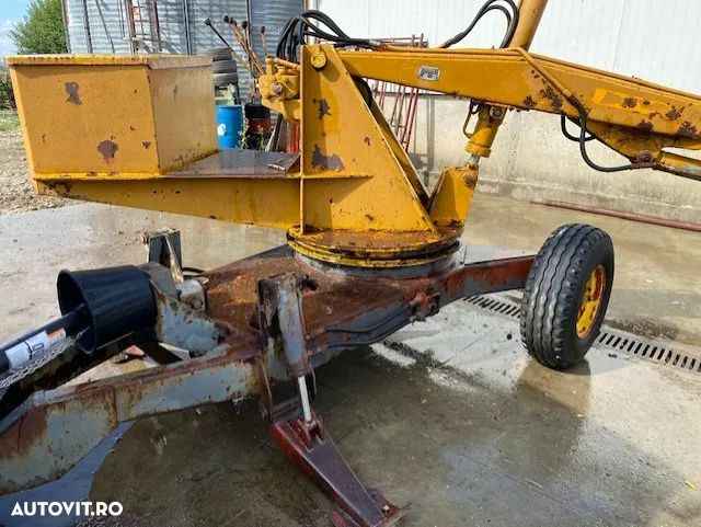 Accord Macara dupe tractor - 3