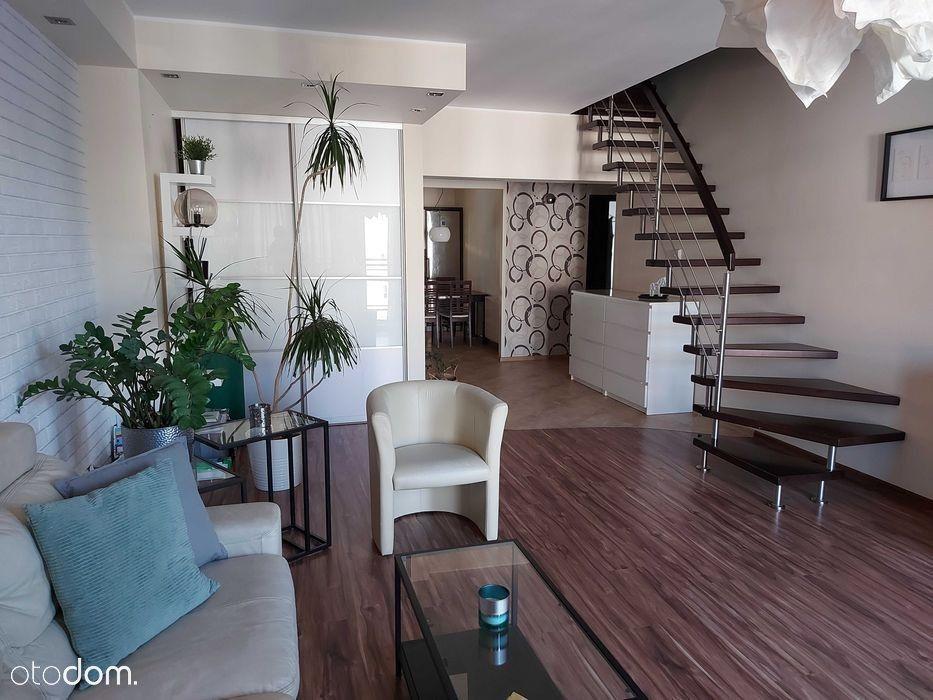 Mieszkanie dwupoziomowe i komfortowe