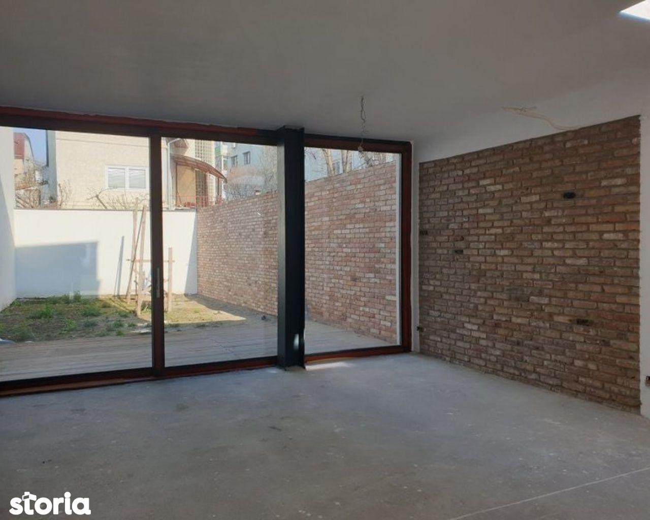 Vila 6 camere constructie 2020 Mihalache - Domenii Comision 0