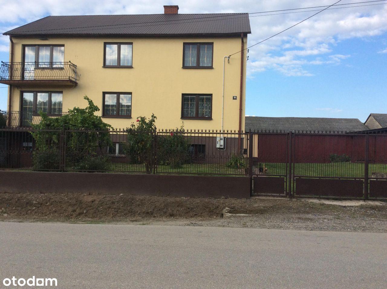 Dom na sprzedaż z działką, tarasem i podpiwniczeni