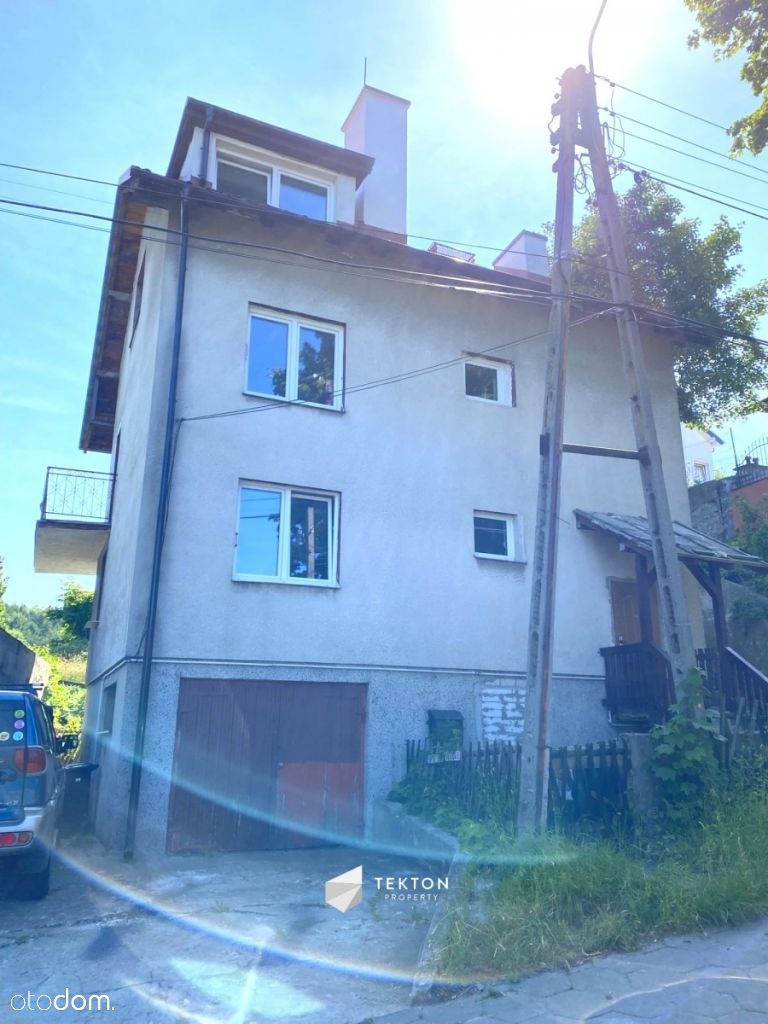 Dom w super lokalizacji podzielony na 3 mieszkania