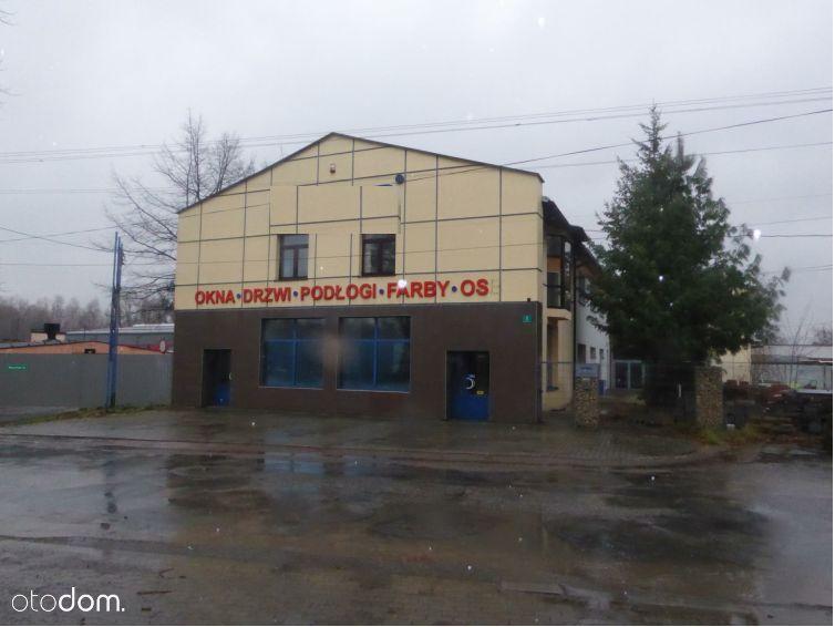 Budynki handlowo- użytkowe i plac skladowy