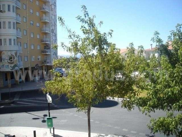 Escritório para arrendar, Almaceda, Castelo Branco - Foto 1