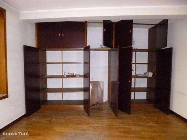 Escritório para comprar, Vila Nova de Famalicão e Calendário, Vila Nova de Famalicão, Braga - Foto 6