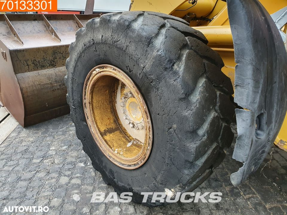 Caterpillar 924G Forks and bucket - 12