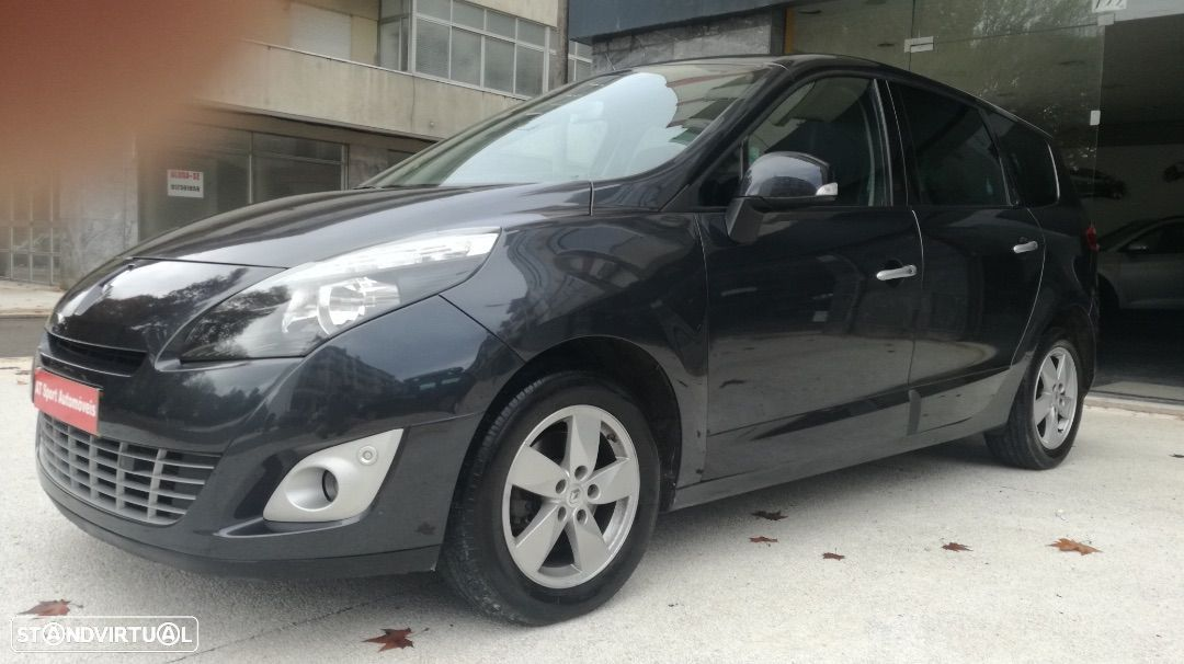 Renault Grand Scénic 1.5 dCi Luxe 7L - 23