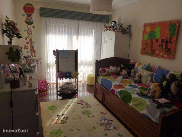 Apartamento para comprar, Oliveira do Douro, Porto - Foto 4