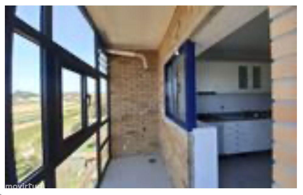 T3 Duplex, vista mar, varanda, estacionamento box, Valadares