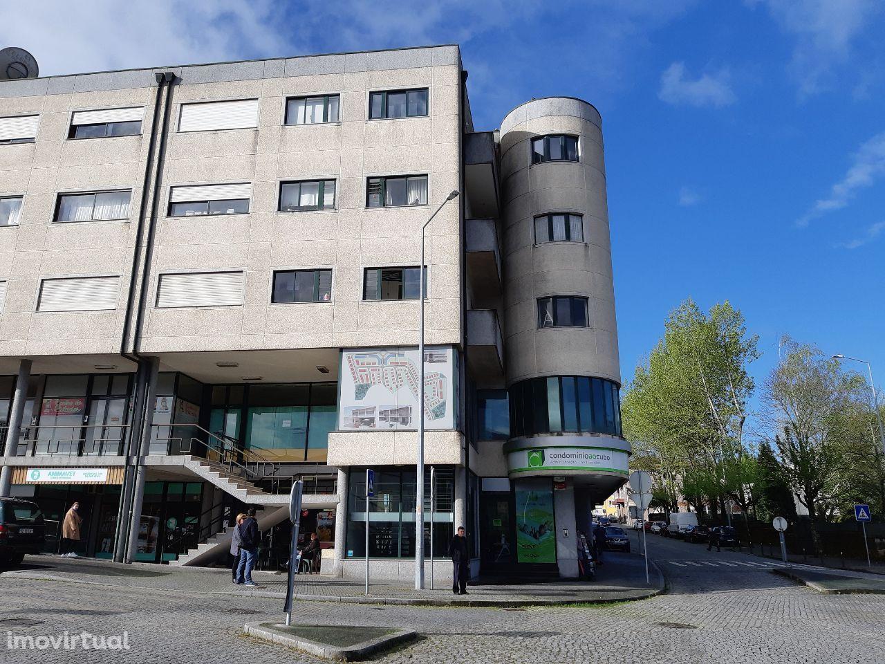 Apartamento T-3 centro de Lousada