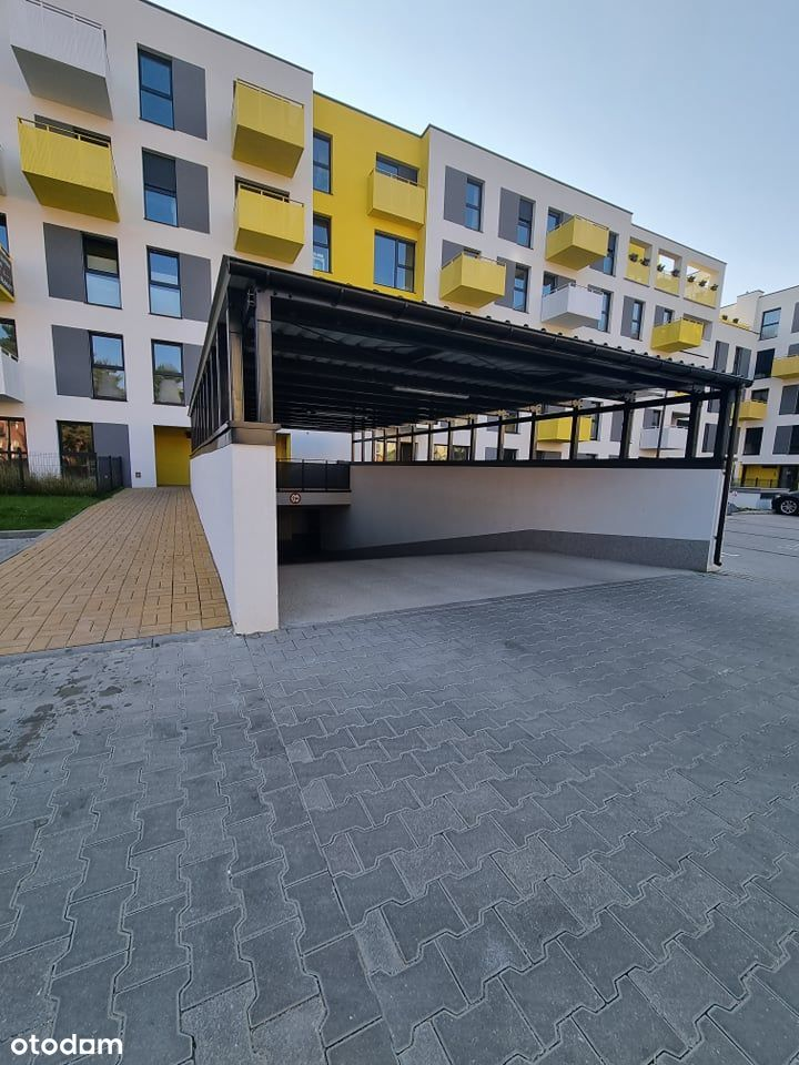 Garaż, miejsce parkingowe - Kubatura