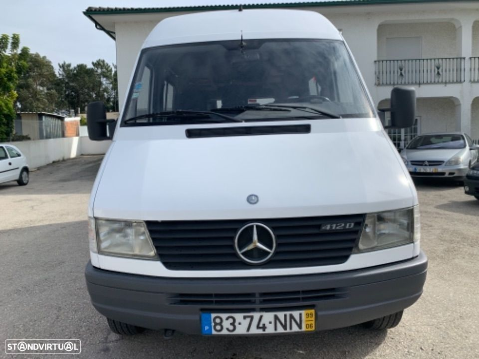 Mercedes Benz Sprinter 412 D  13 lugares - 14