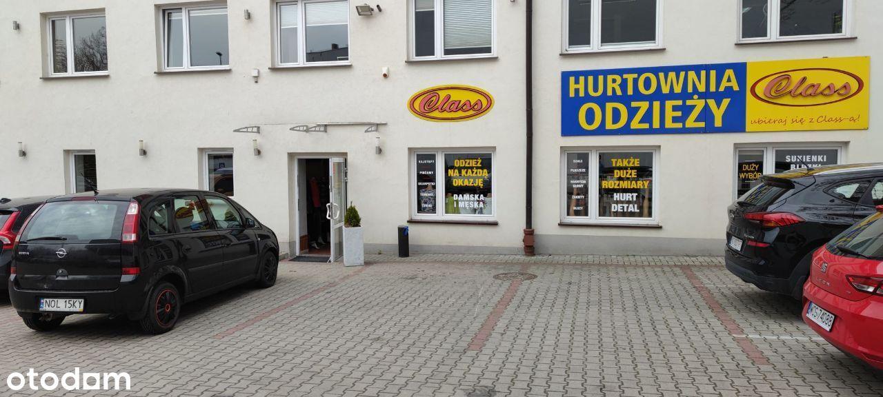 Lokal handlowo - usługowy - centrum - parking