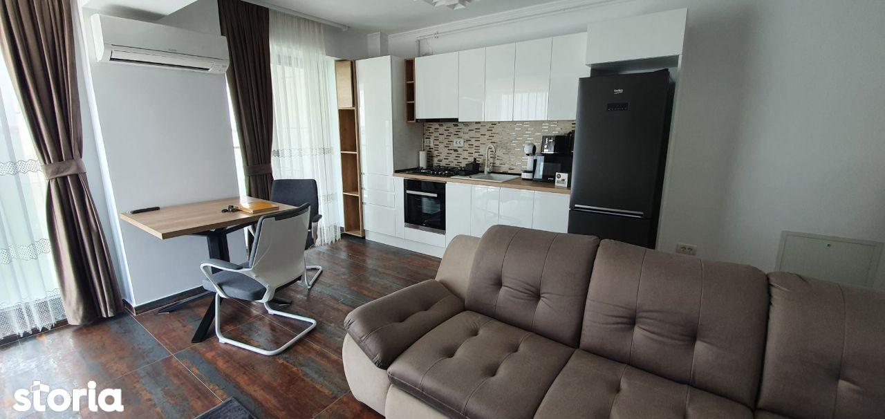 Mamaia -bloc nou- Apartament lux, 3 camere decomandate, vedere la lac