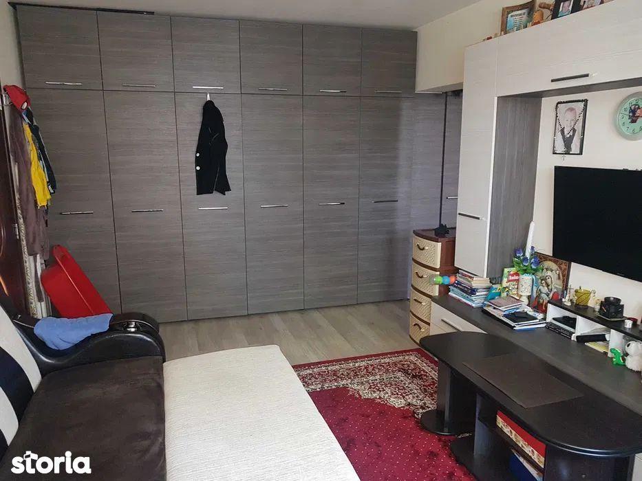 Vanzare apartament cu 2 camere in zona semicentrala