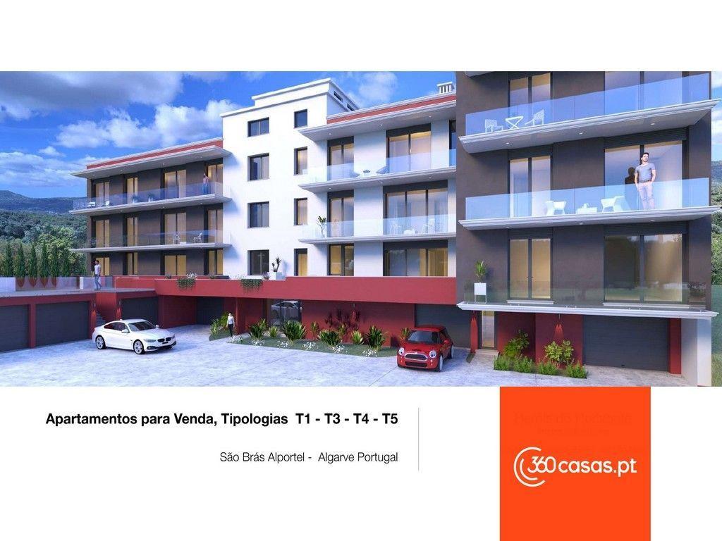 Apartamento T1 com garagem e arrecadação em São Brás de Alportel