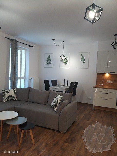 Apartament 2-pokojowy na Letniej ze wszystkim