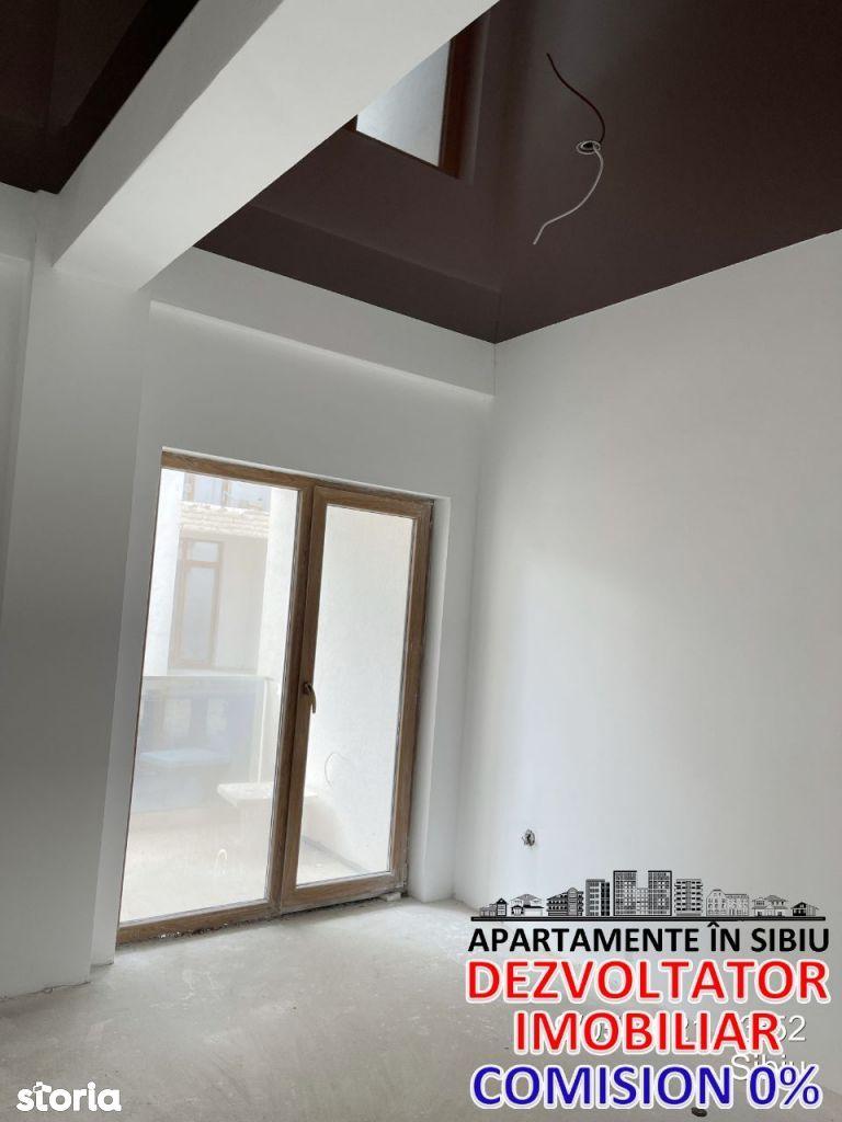 Vand apartament 2 camere 61 mpc etaj 2 in cartierul Kristal Residence