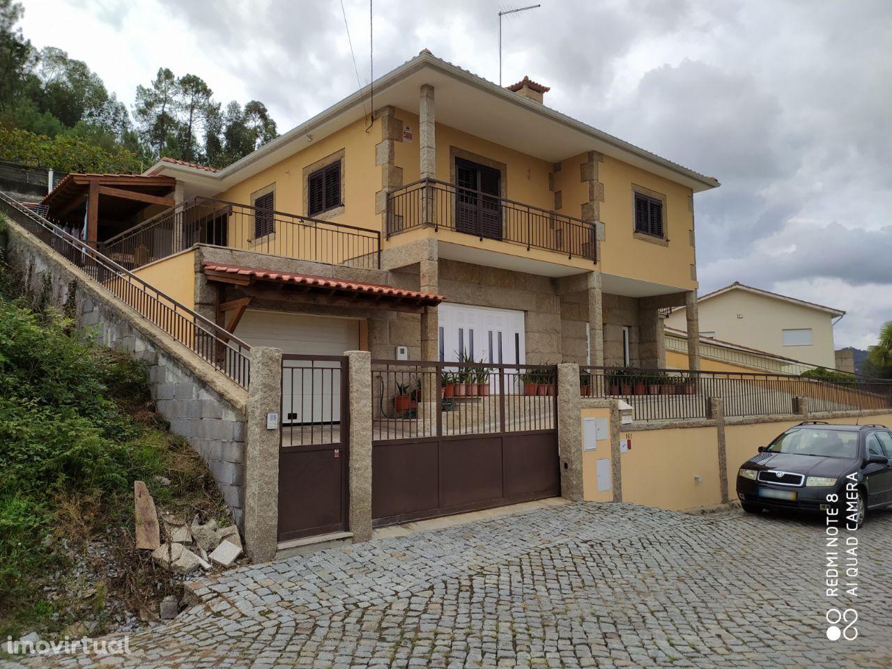 Moradia T4 | Salvador do Monte | Amarante