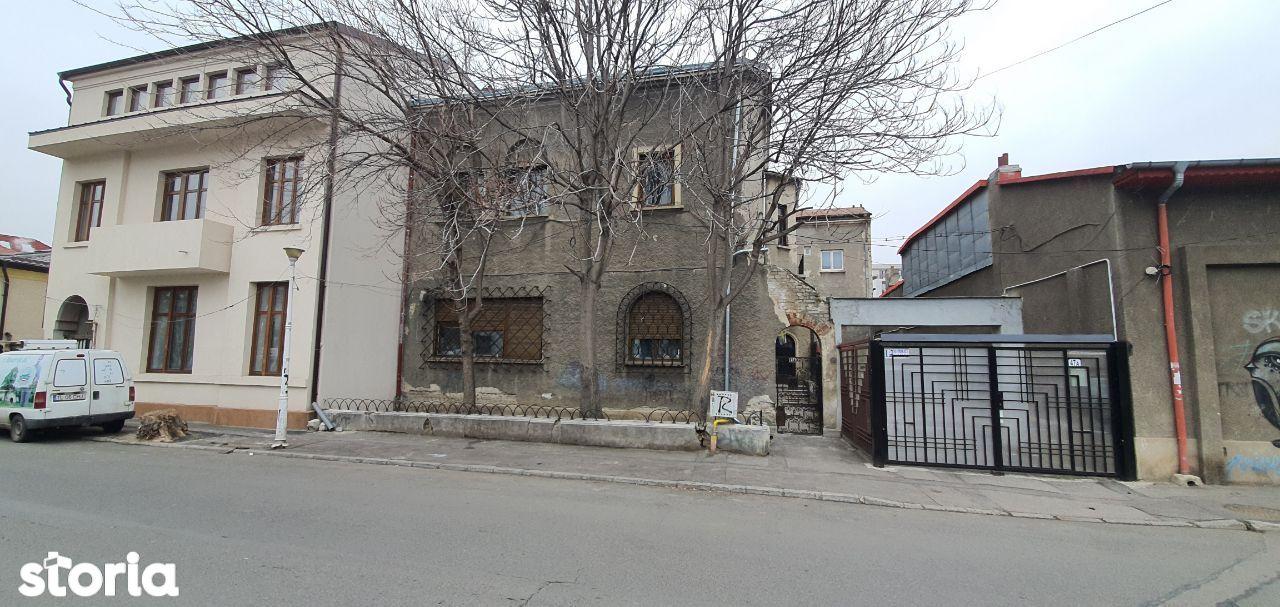 Casa, 700 m²,