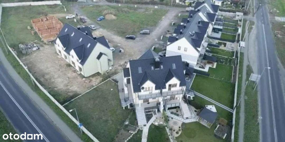 Domy w mieście przy granicy niemieckiej