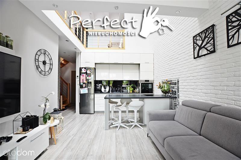Przepiękny 2-poziomowy apartament w samym centrum!