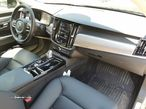 Volvo S90 2.0 T8 Momentum AWD Geartronic - 22