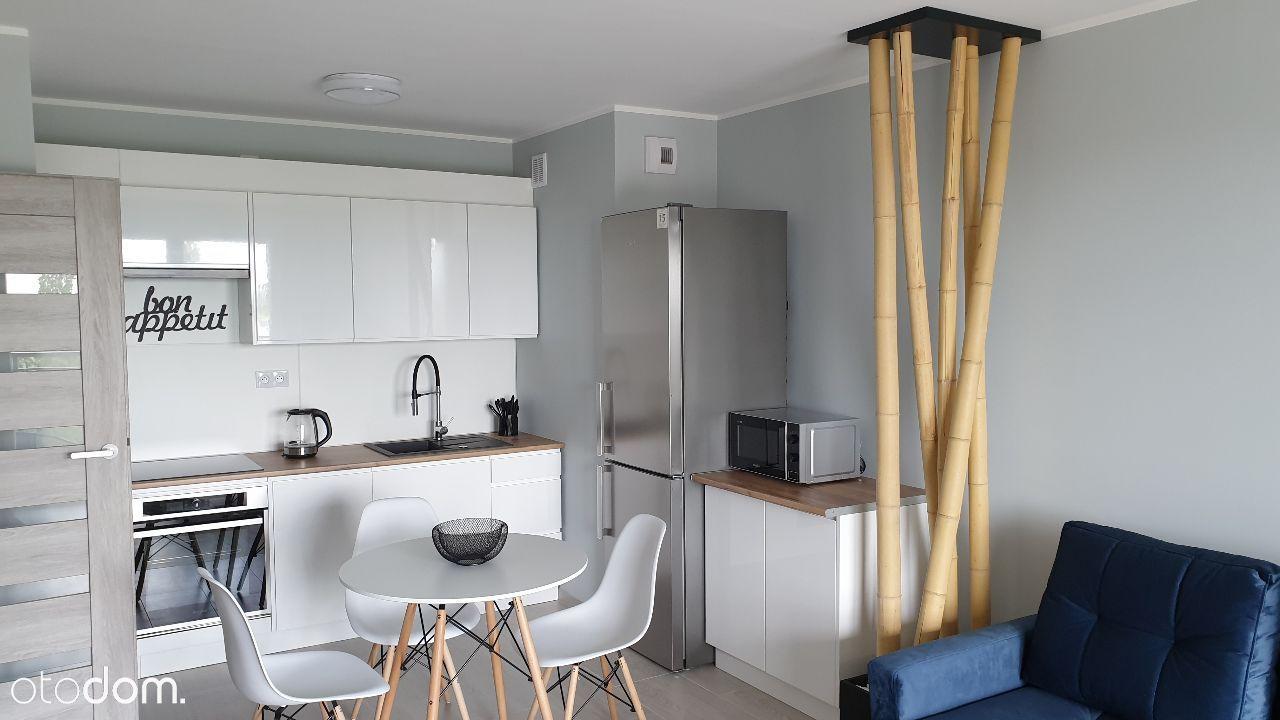 Winogrady. Nowy komfortowy 2 pokojowy apartament .