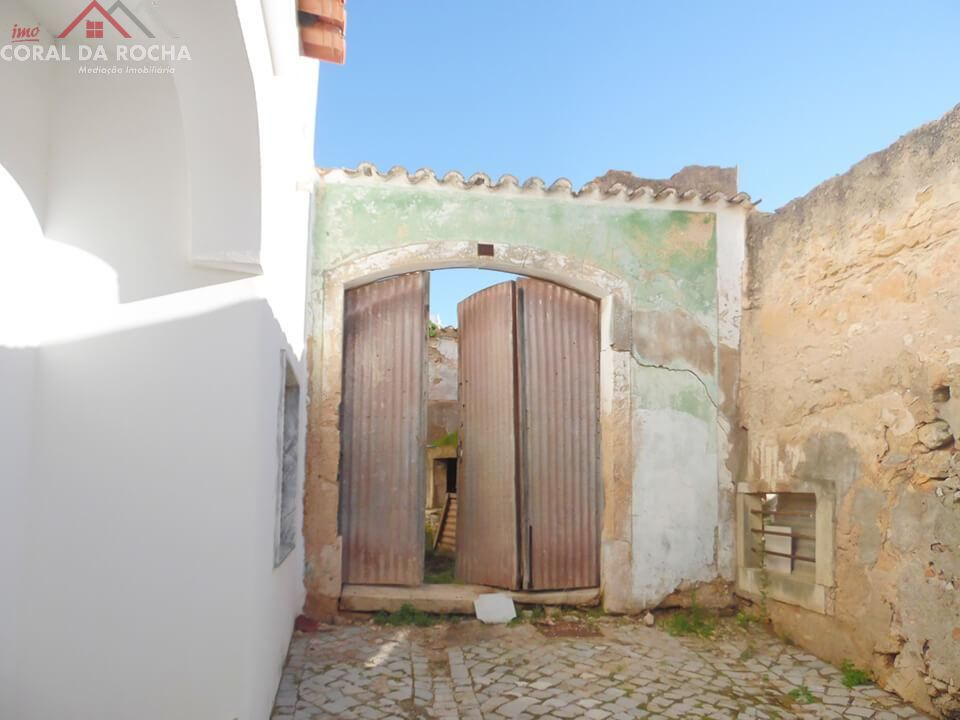 Casa Senhorial para Restaurar - Centro Histórico