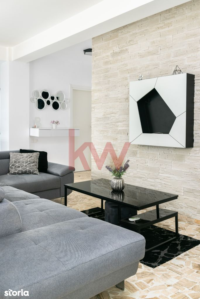 Apartament semidecomandat cu 3 camere , Comision 0%