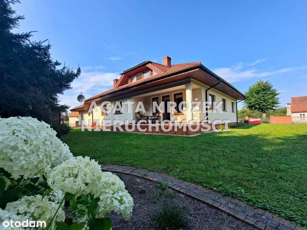 Dom, 240 m², Środa Śląska