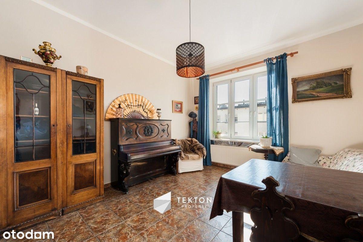 Klimatyczny apartament / 4 pokoje / dwa poziomy /
