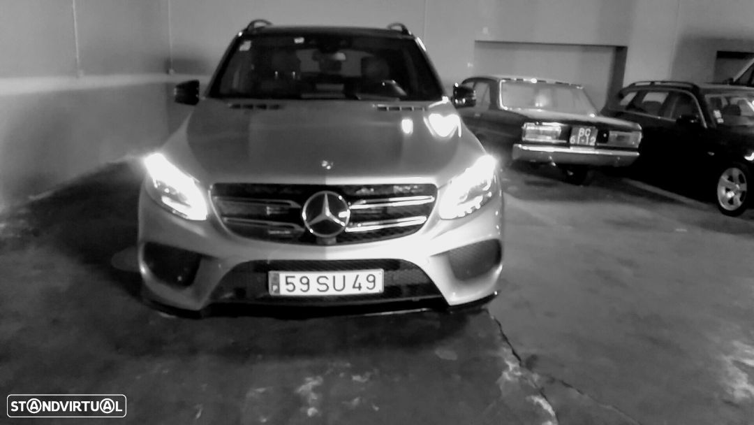 Mercedes-Benz GLE 350 d 4-Matic - 28