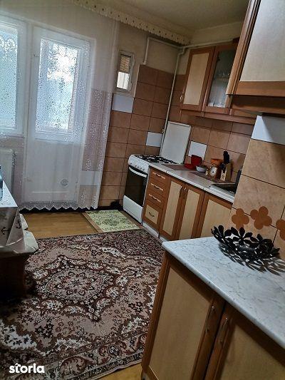 cv 508 Marasesti, apartament 2 camere decomandat